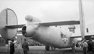 Consolidated XB-24Q Liberator 44-49916, GEARL, June 22, 1946