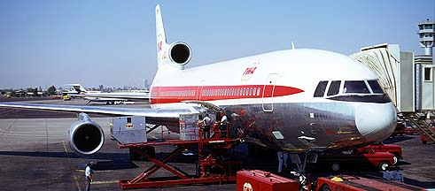TWA Lockheed L-1011-1 N31014, Phoenix, November 10, 1973