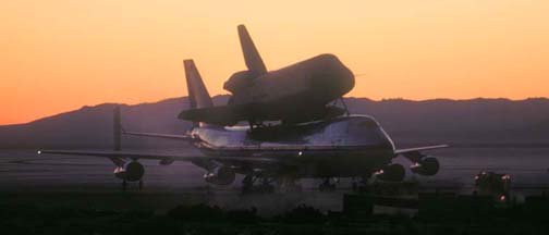 OV-101, Enterprise and 747-SCA, October 12, 1977