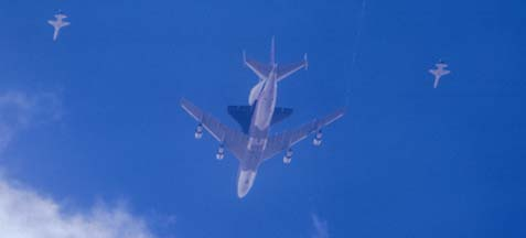 747-SCA flies over Edwards AFB with Columbia on March 20, 1979