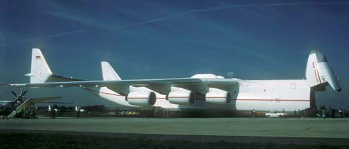 Antonov An-225 Mriya at Zhukovsky, September 1, 1993