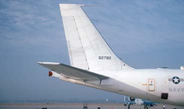 http://www.air-and-space.com/19951015%20March/1%2026%20E-6A%20162782%20right%20side%20tail%20m.jpg