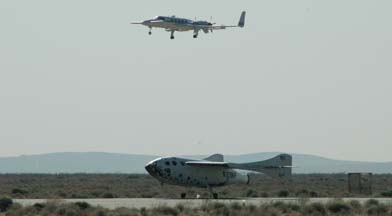 Beechcraft Starship, N514RS chases SpaceShipOne
