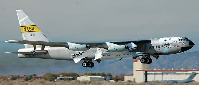 NB-52B, 52-0008 takes off with the third X-43A Hyper-X