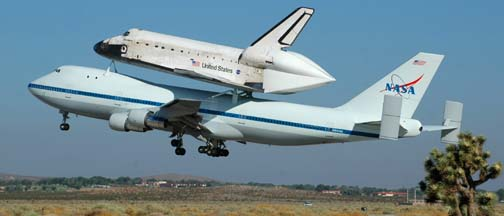 Boeing 747 Shuttle Carrier Aircraft, N905NA and Discovery