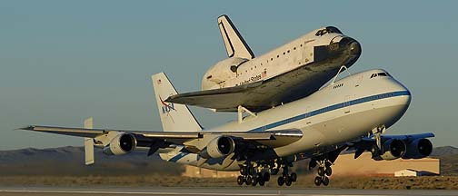 >Space Shuttle Endeavour departs from Edwards AFB, December 10, 2008
