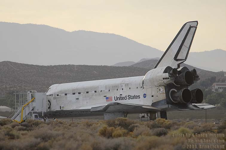 Goleta Air and Space Museum, Space Shuttle Discovery Lands ...