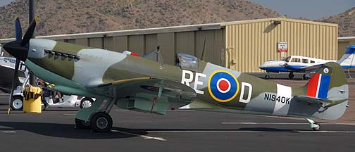 Supermarine Spitfire Mk IX replica N1940K, Deer Valley, November 14, 2010
