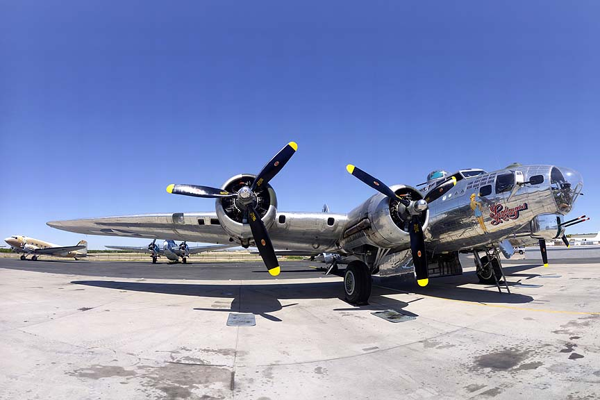 Boeing B-17G Flying Fortress N8323Z Sentimental Journey, March 28, 2011