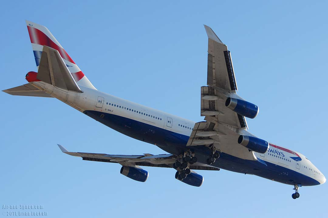 Air-and-Space.com: Air Traffic at Phoenix Sky Harbor ...