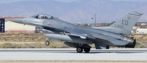 General Dynamics F-16C Block 40C Fighting Falcon 88-9456 of the 412th Test Wing, Edwards Air Force Base, September 20, 2012