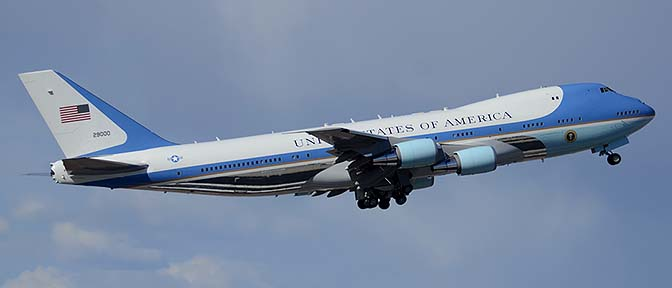 Boeing VC-25A 92-9000, Phoenix Sky Harbor Airport, March 13, 2015
