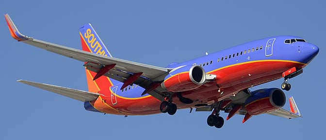 Southwest Boeing 737-7H4 N287WN, Phoenix Sky Harbor, December 7, 2015