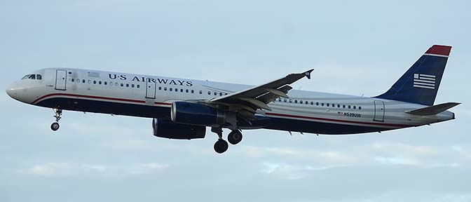 US Airways Airbus A321-231 N539UW, Phoenix Sky Harbor, December 19, 2015