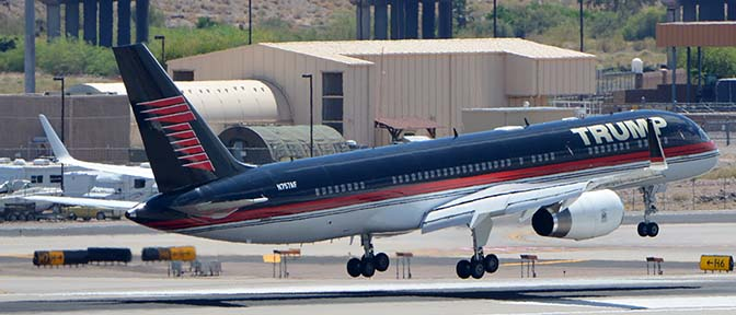 Trump 757-2J4 N757AF, Phoenix Sky Harbor, June 18, 2016