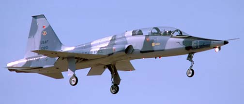 Northrop T-38A-40-NO Talon 61-0851, November 25, 1986