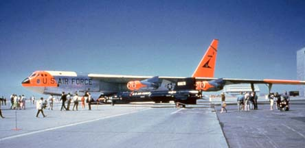 NB-52B, 52-0008 and X-15-2, 56-6671 at Edwards AFB, May 1960