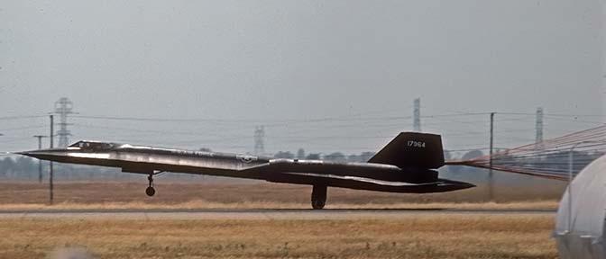 Air-and-Space com: Lockheed A-12, YF-12, SR-71 Blackbirds